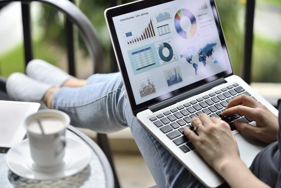 Blogger writing media kit