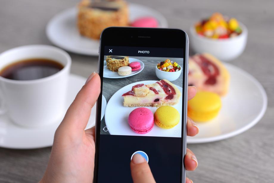 Instagram influencer taking photo