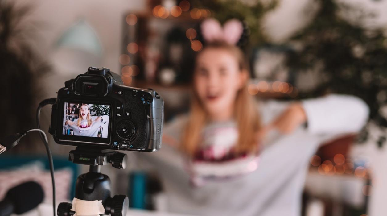 7 Affordable Vlogging Essentials | CollectivEdge